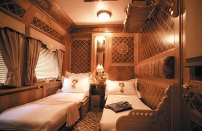 Luksuskabine i toget gennem Thailand