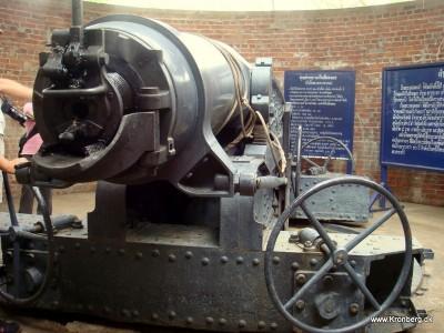 Kanon på Chulachomklao Fort